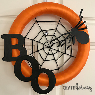 orange and black Halloween wreath decoration